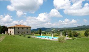 exterior of the tuscan holiday villa
