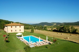 Rent country house in june Tuscany