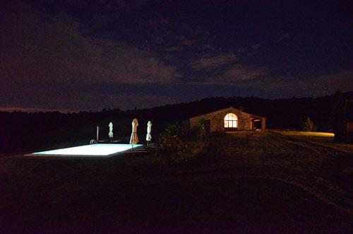 villa in san gimignano by night