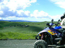 Rent a villa with quad in Tuscany