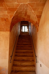 chianti villa stairs