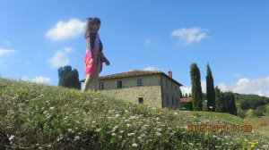 tuscan villa with baby girl