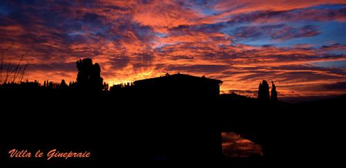 villa in tuscany sunset