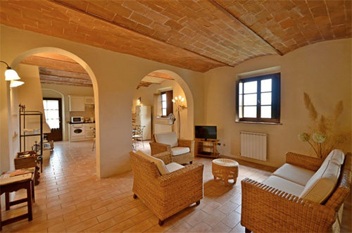 the living room of the villa in volterra