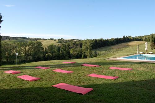 yoga class villa in tuscany