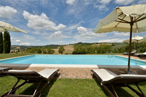 panoramic pool tuscan villa