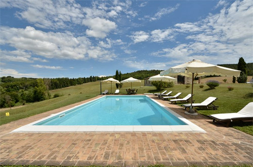the villa with pool in tuscany