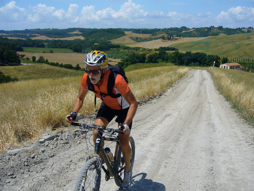 biking excursions in tuscany