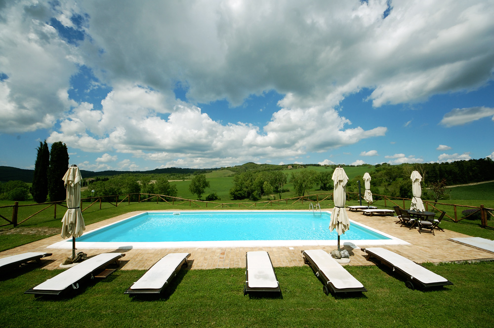 tuscany-villa-pool-rent