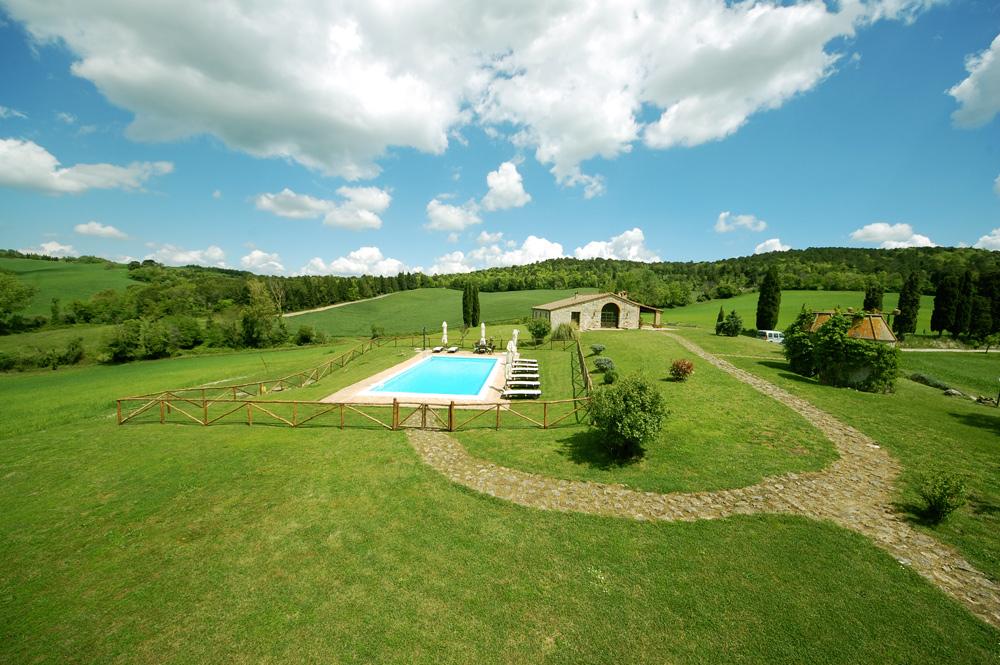 villa-tuscany-pool