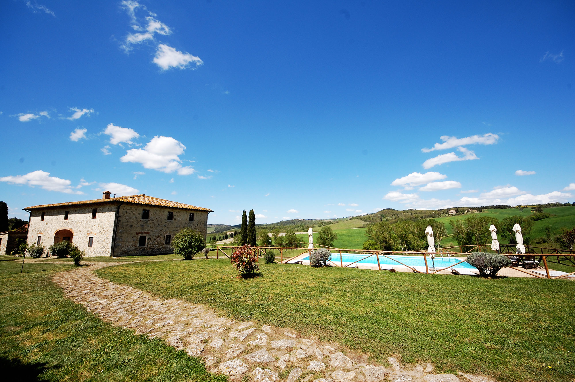 rent-tuscany-villa-10-people