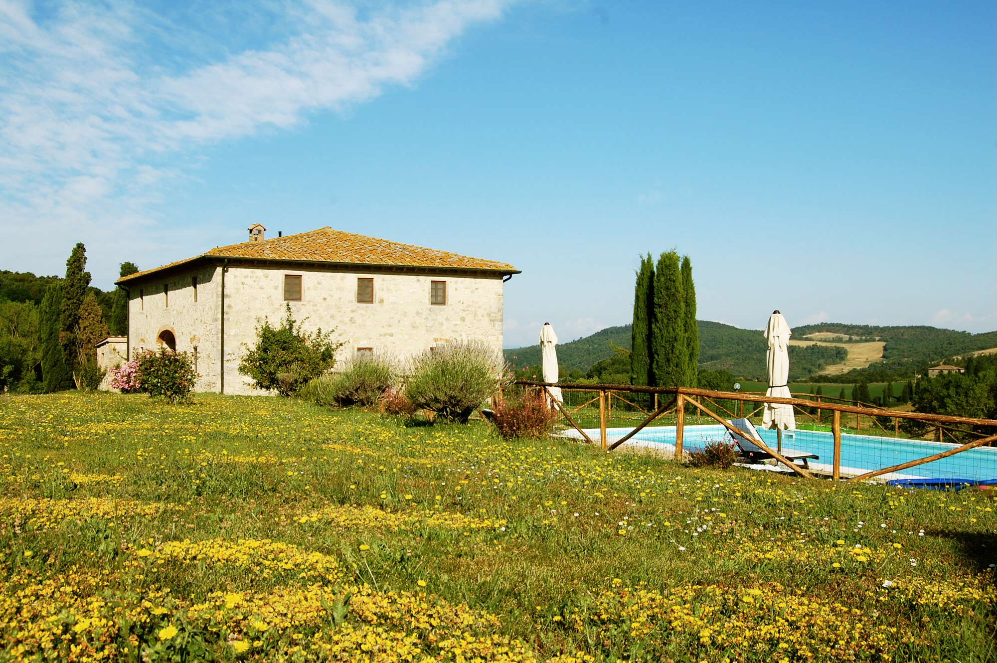 Villa in Tuscany private garden