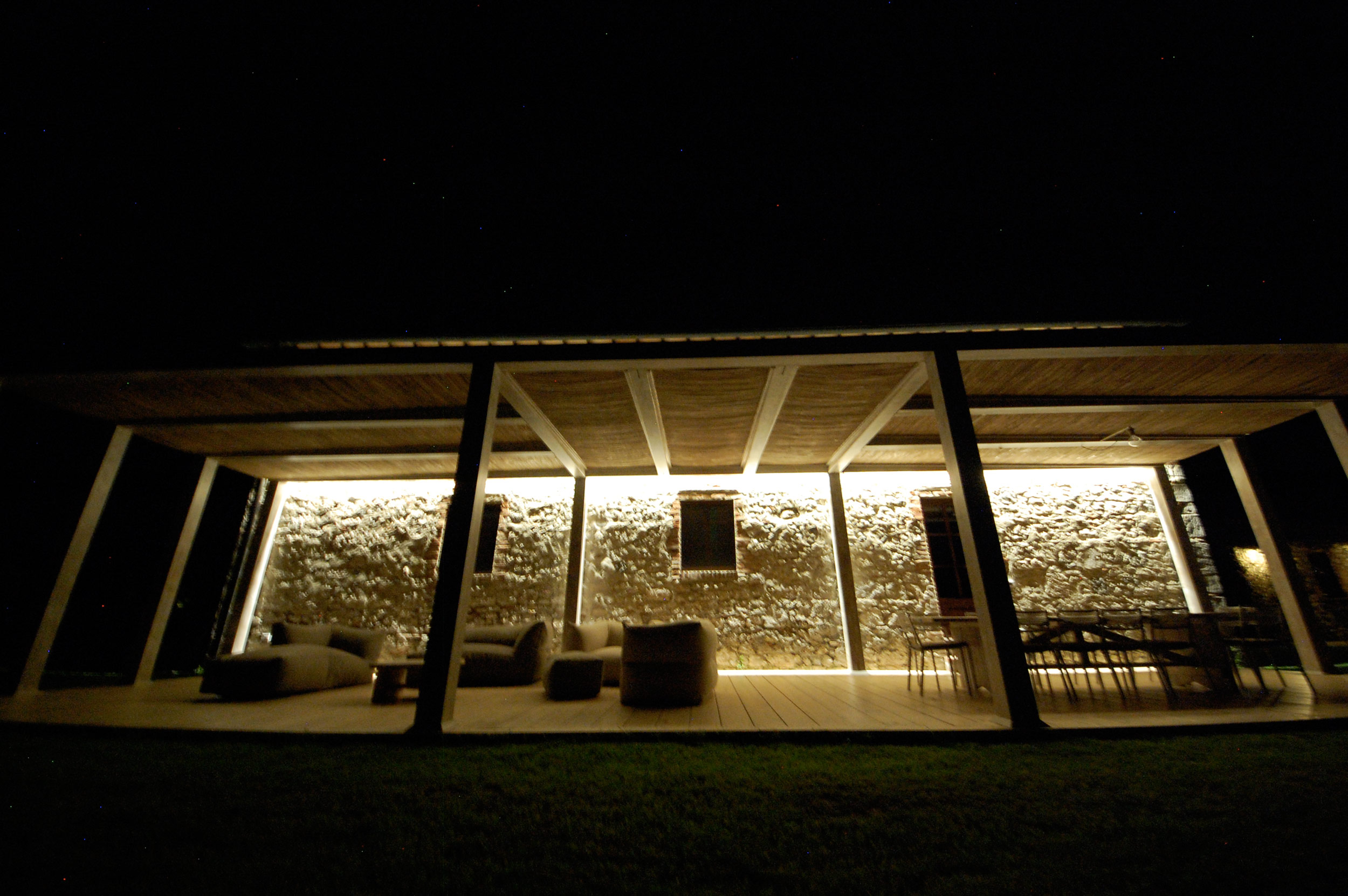 pergola tuscan villa by night