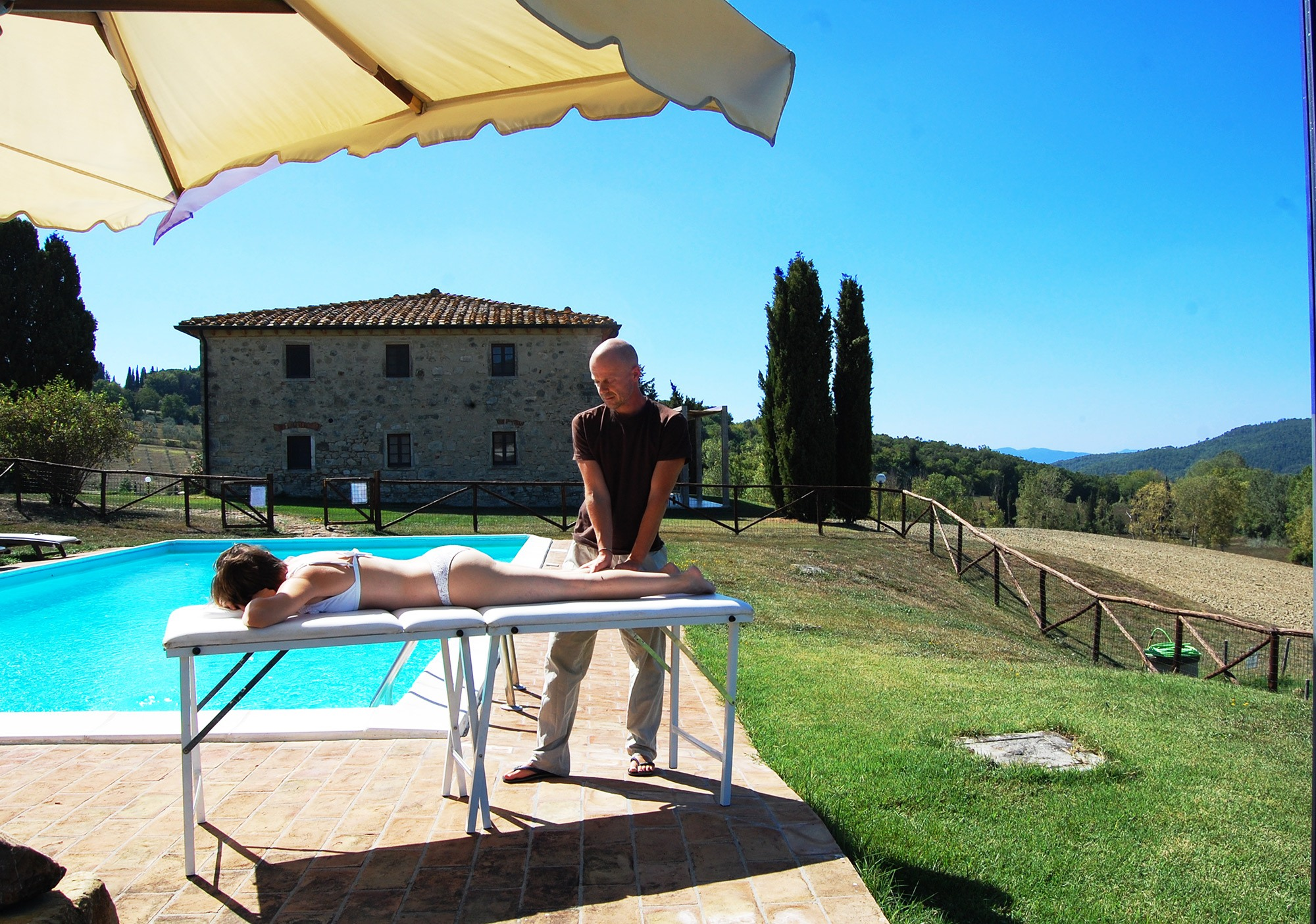 villa massages in tuscany