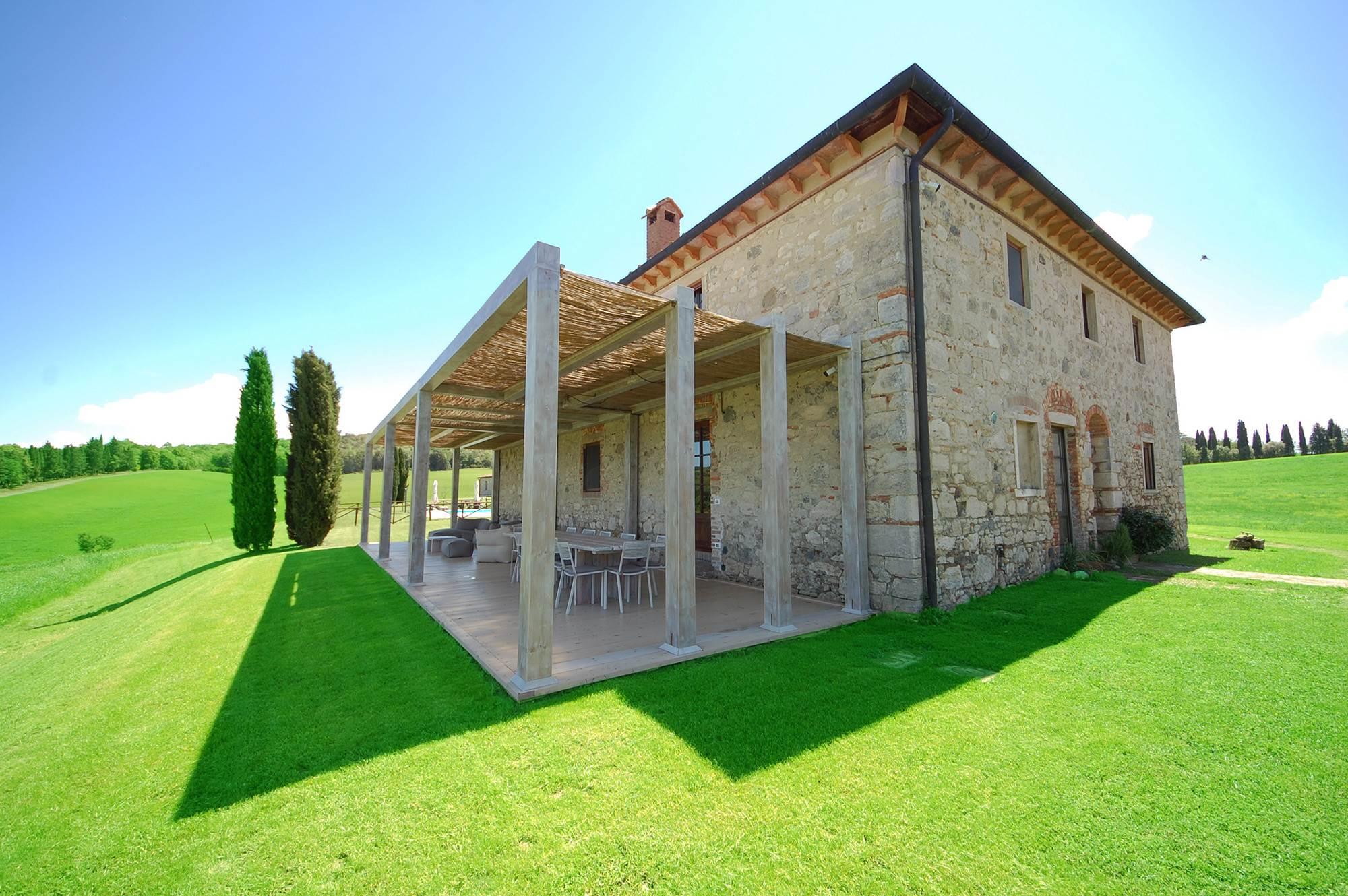 september in tuscan villa