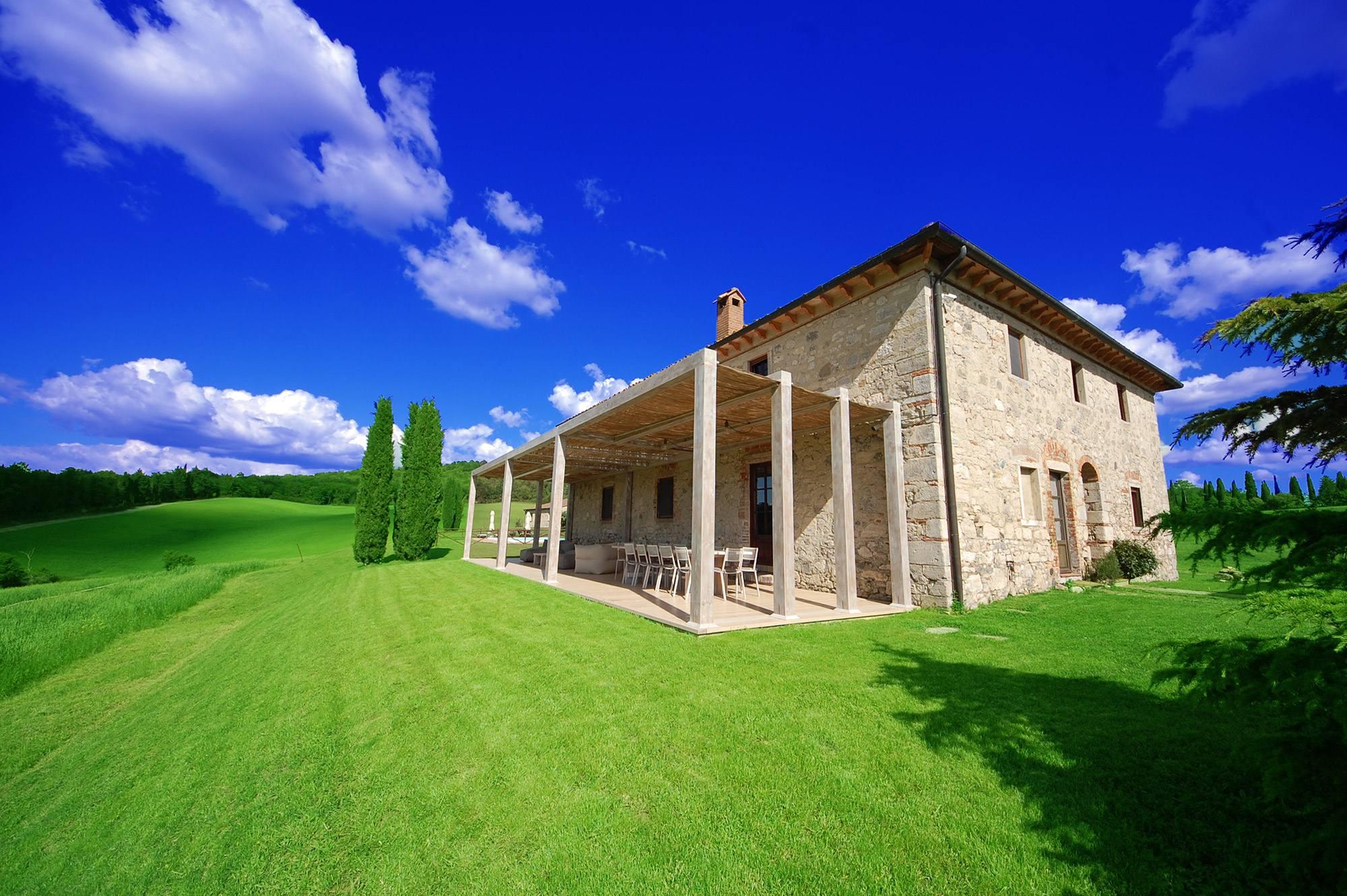 all-inclusive villa for ren in tuscany