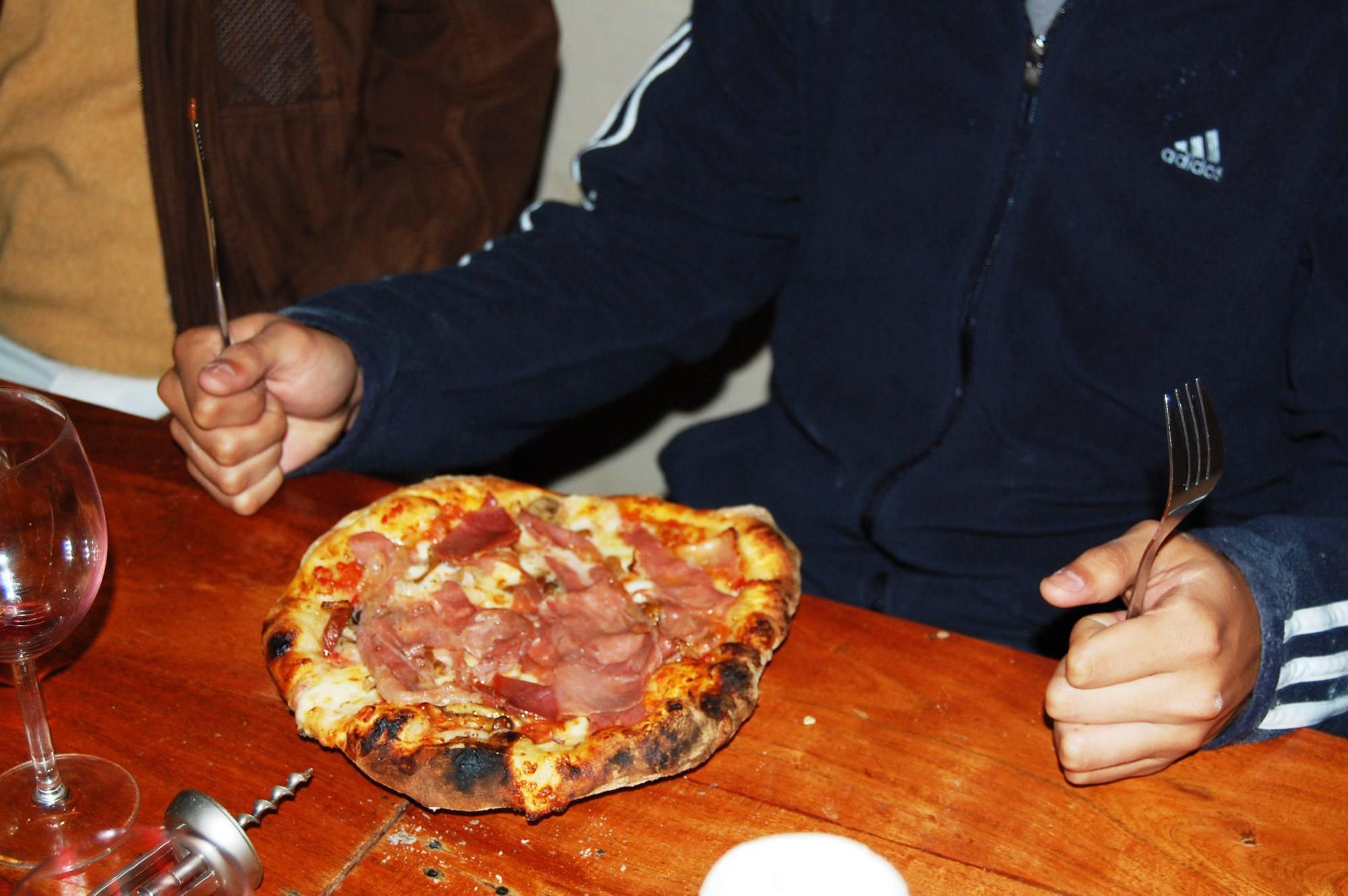 pizza-farmhouse-tuscany