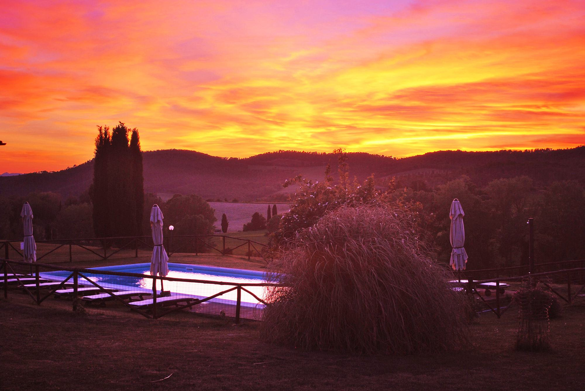 rent-villa-pool-tuscany