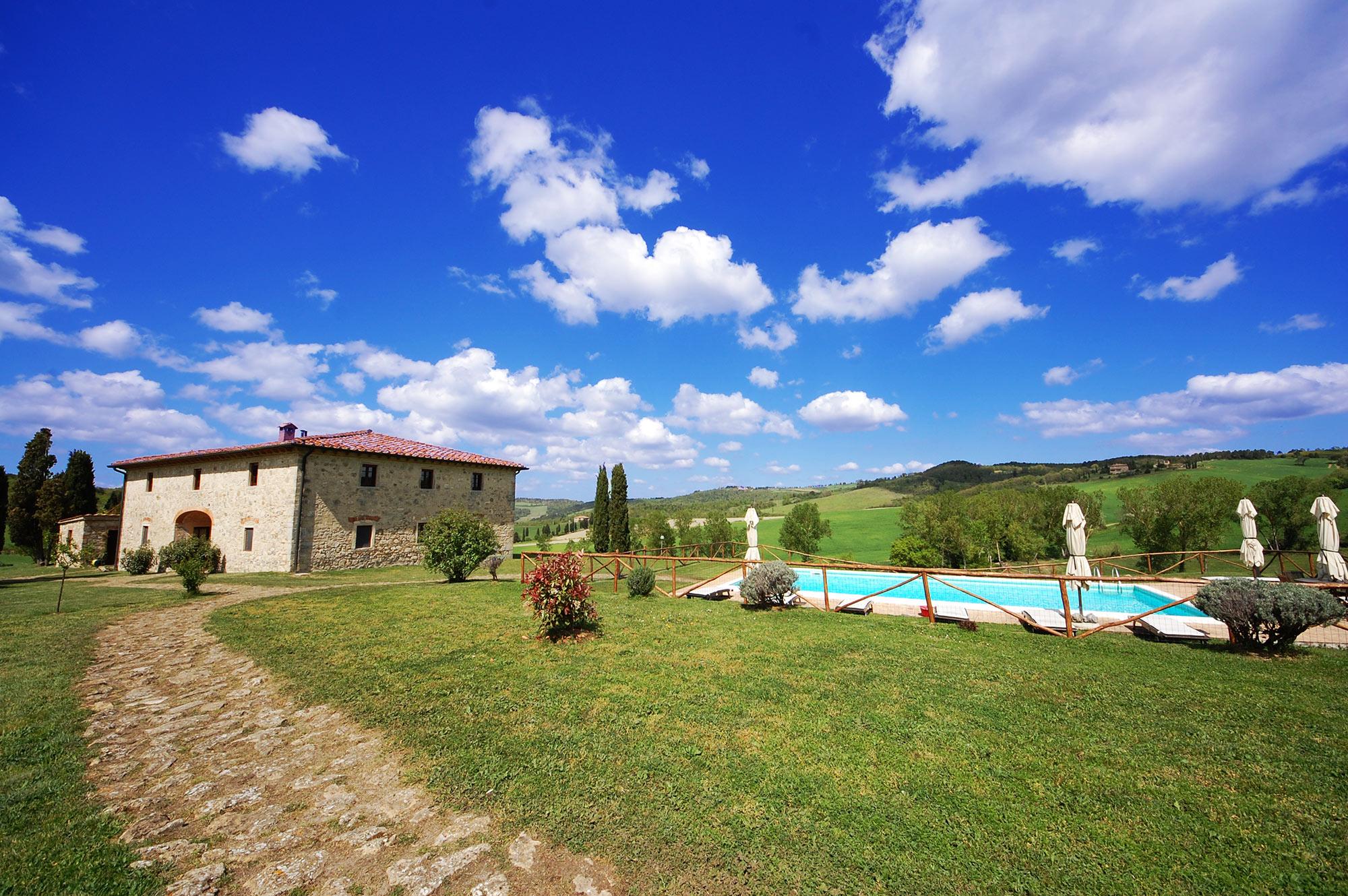 Tuscan villa service staff