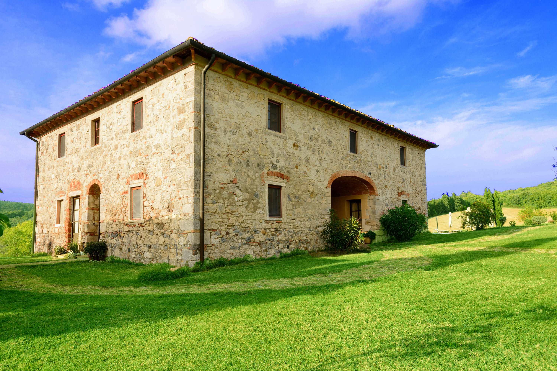 villa pool tuscany chef
