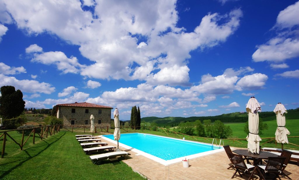 rent in tuscany private villa pool